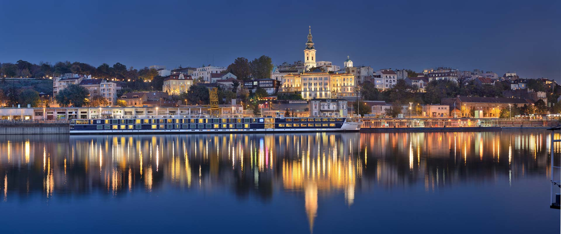 Riverside view, photo by Dragan Obrić